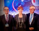 Dyrektor Leszek Langer w towarzystwie Elżbiety Rafalskiej, Minister Rodziny Pracy i Polityki Społecznej